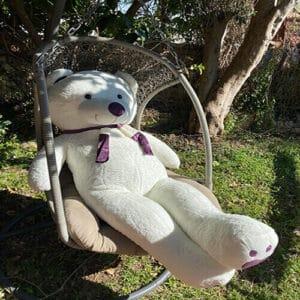 """דגם """"אנג'ל""""-דובי ענק  בצבע לבן עם צעיף 1.6 מטר+רגליים לבבות"""