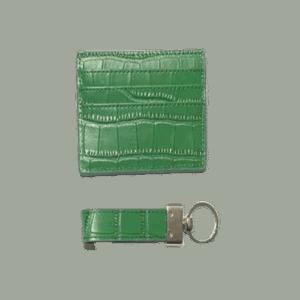 סט מעור אמיתי בצבע ירוק +חריטה